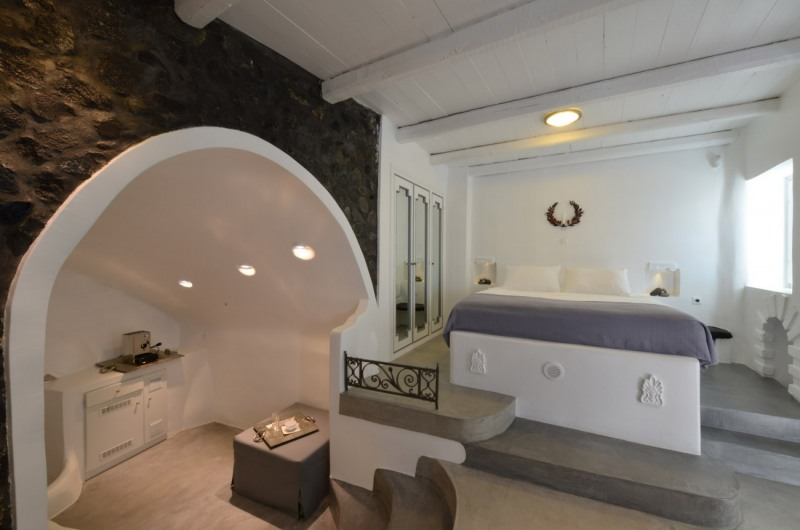 Aspaki Exclusive Honeymoon Suites