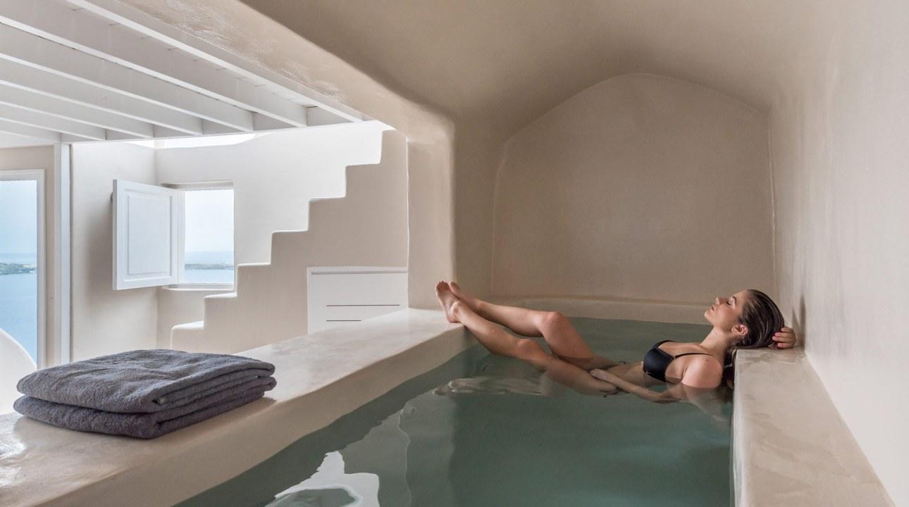 Oia Castle Pool Villa